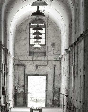 Experiencing Prison